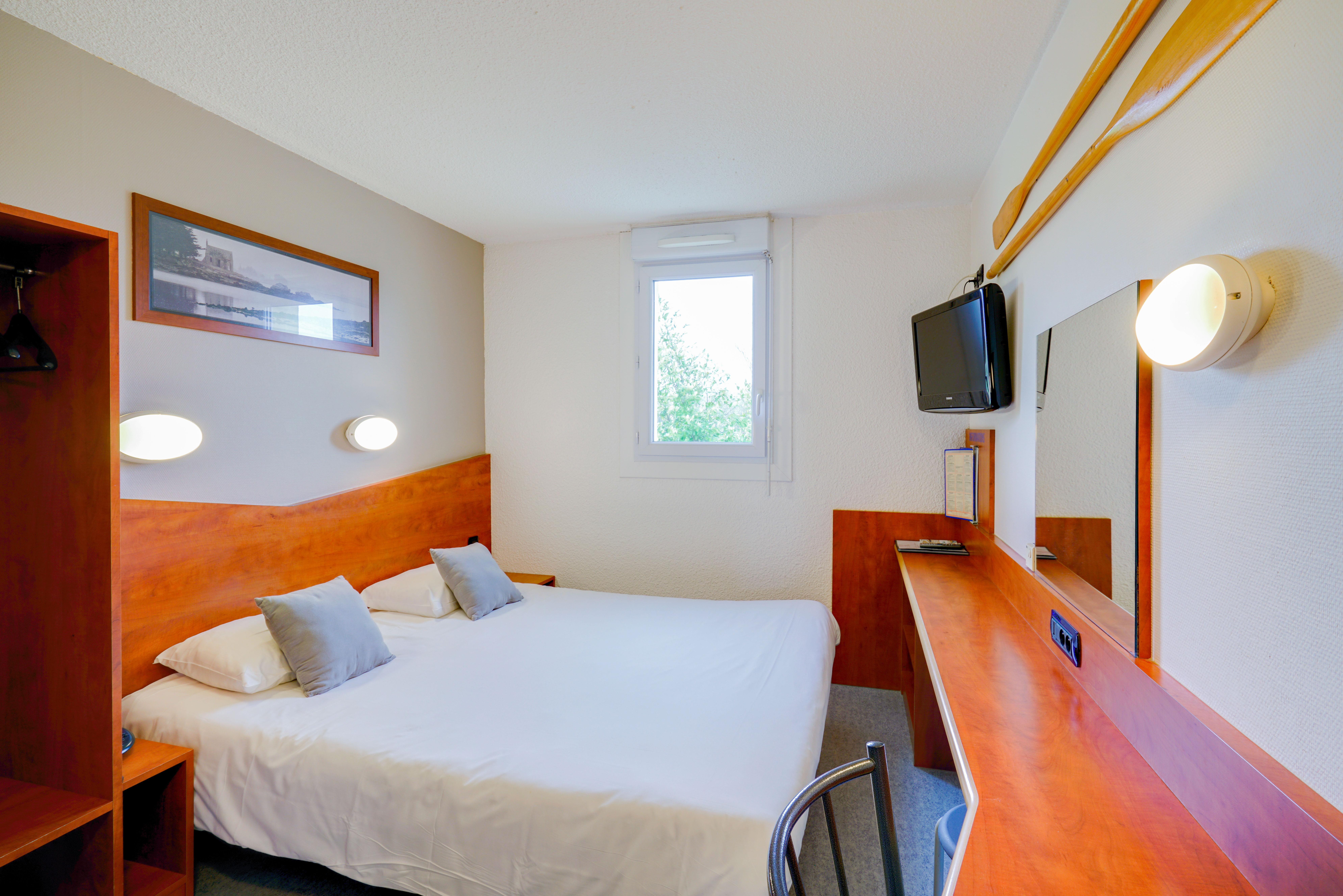 hotel plougastel daoulas brit h tel brest iroise. Black Bedroom Furniture Sets. Home Design Ideas